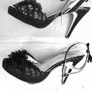 Lace black heels from leg avenue